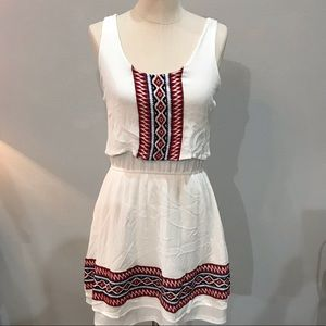 Alya dress with Aztec looking design